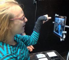 iPadin omaa valokuva-albumia voidaan käyttää kerronnan tukena.
